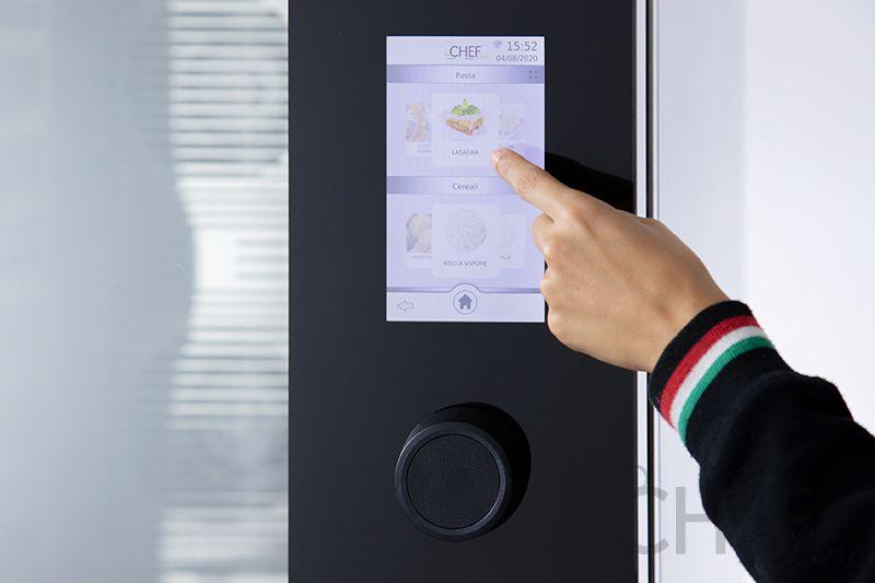 dettaglio-touch-a-forno-digitale-chefline