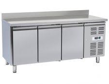 Immagine Tavolo Frigo Professionale Chefline 3 Porte Profondità 60 Cm Con Alzatina